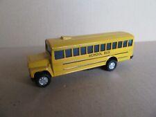 414K Jouet à Friction GMC Bus School USA Jaune L 12,9 cm