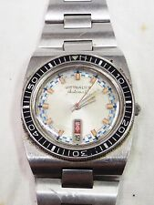 Vintage WITTNAUER Automatic Stainless Steel Men's DIVER SPORT WATCH -RUNS-