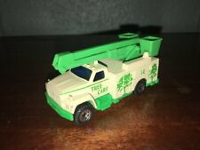 """1:87 1989 MATCHBOX UTILITY TRUCK """"TREE CARE"""" MADE IN CHINA"""