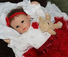 """MY SWEET HOLIDAY! - She Really Holds Your Hand! 22"""" Collectors Baby Girl Doll"""