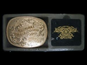 UD13164 *NOS* HESSTON *1990 NATIONAL FINALS RODEO* FRED FELLOWS ART BELT BUCKLE