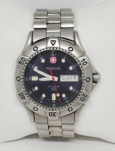 Mens Wenger SMT Design All Stainless Steel Round Blue Dial Watch 096.0659 D1