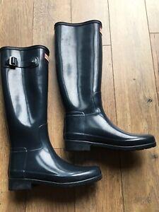 Hunter Wellington Boots Size 4 Black/grey