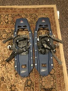 """Pair MSR Mountain Safety Research EVO Snowshoes, 8"""" W x 22.5"""" L ~ Blue"""