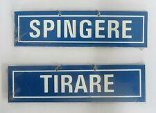 Targhetta segnaletica Tirare / Spingere in plastica blu 4x15 cm con catenella