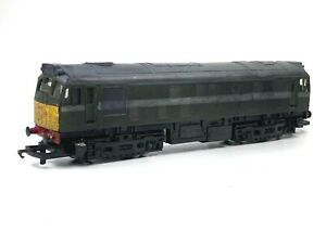 HORNBY R068 BR Class 25 Bo-Bo Diesel Electric Loco Home Made Camouflage OO Gauge