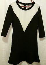 "NEIMAN MARCUS Black & White Sz Medium Knee Length ""Quilted"" Dress ~ ADORABLE"