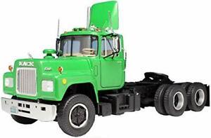 AMT AMT1039 125 Mack R685ST-Semi Tractor
