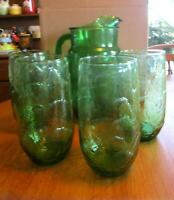 Vintage Emerald Green Glass Pitcher w/4 Glasses Pressed Leaves Pattern Ice Lip