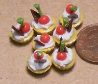 1:12 Scale 7 Loose Cherry Cupcakes Dolls House Miniature Bakery Food Cakes PL82