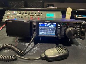 Yaesu FT-991 Multimode Portable Transciever HF VHF UHF w/ Speaker HAM Radio