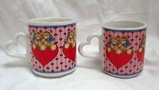 Set Of 2 Vtg 1985 Lucy & Me Mugs Sitting On Heart Handle Enesco