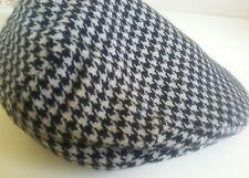 NEIMAN MARCUS Cashmere Wool Newsboy Cap VTG Churchill Black Beige Check Sz 7 1/4
