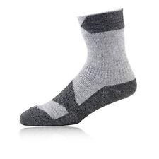 Vêtements de randonnée grises pour homme