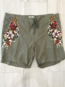 NWT Johnny Was Beatriz Green Embroidered Shorts L $138