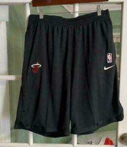 Men's Nike Miami Heat NBA Basketball Shorts Black Comfort AV1811-010 Size L