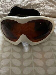 white ski goggles Tinted Glass