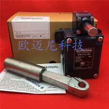 1PCS New New SCHMERSAL Limit switch MD441-11Y-T-2512 #Q4932 ZX