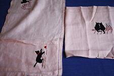 Porte ou range serviette en lin rose + sa serviette décor de chat