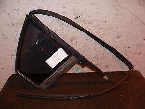 2007 KIA OPTIMA RIGHT VENT WINDOW GLASS W/ WEATHER STRIPPING