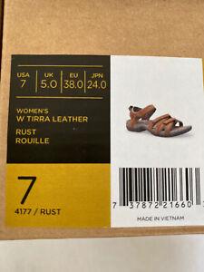 Teva sandals Tirra Leather Ladies Size 5 (B19)