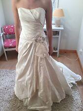 Enzoani Wedding Dress Size 10/12 Very Good Condition
