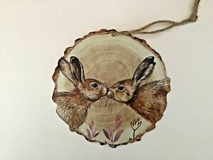 New round kissing Hares wildlife nature wooden hanging plaque gift cute Free P&P