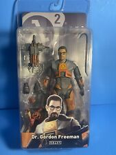 NECA Half-Life Deluxe Gordon Freeman Action Figure RARE FREE SHIPPING