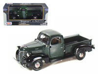 1941 Plymouth Pickup Truck Die-cast 1:24 by Motormax 8 inch Green
