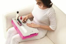 Set rosa in plastica per manicure e pedicure
