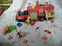 157. Playmobil Spiel-Set Vintage 3526 Feuerwehr (1982) Fahrzeug mit Zubehör