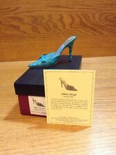 Raine Just the Right Shoe Coa Box Silken Wrap 25125