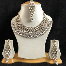 CLEAR GOLD INDIAN KUNDAN COSTUME JEWELLERY NECKLACE EARRINGS CRYSTAL SET NEW 884