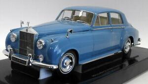 Minichamps 1/18 Diecast - 100 134904 Rolls Royce Silver Cloud 1960 Light Blue
