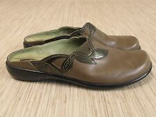 Clarks Brown Leather Shoes Women's Size US 6.5 Slip-On Loafers Mules Clogs