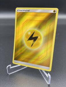 Pokemon 2019 Elektro-Energie Reverse Holo Verborgenes Schicksal Deutsch NM