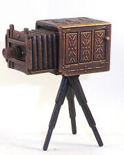 BELLOWS TRIPOD CAMERA   DIE CAST PENCIL SHARPENER