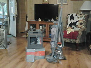 Kirby Sentria G10D Upright Cleaner