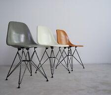 * Vitra Charles Eames Fiberglass Fiberglas Side Chair DSR neue Generation NEU *