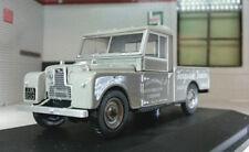 Voitures, camions et fourgons miniatures gris Oxford Diecast 1:43