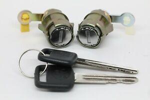 NEW Door Lock Set with Keys for Toyota Corolla Geo Prizm