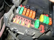 Fuse Box Engine Without ABS 3.9L 6 Cylinder AT 03 04 MUSTANG CAR_RM