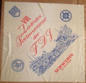 6189 EAST GERMAN/DDR/GDR COLD WAR 8th FDJ anniversary SCARF SCHWERIN Regin 1968