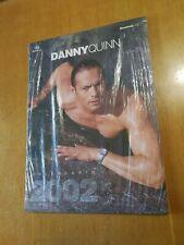 CALENDARIO DANNY QUINN 2002 CM 42 x 30 SIGILLATO