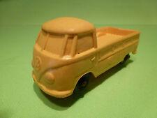 VINYL 1 VW VOLKSWAGEN T1 PICKUP - YELLOW 1:43 - GOOD ( TOMTE STAVANGER 2 )