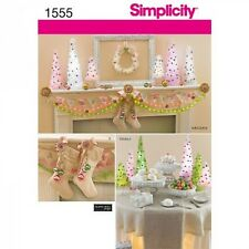 Gorgeous Christmas Decorations Craft Sewing Patterns 1555