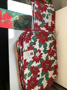 SET OF 5 VINTAGE CHRISTMAS CLOTH TABLE PLACEMATS QUILTED POINSETTIA 3 Napkins