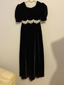 Vintage Girls Velvet Full Length Holiday/special Occasion Dress Lace Trim Sz 10