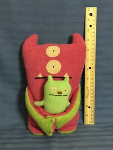 "10""  UglyDoll  holding Baby      (D68)"