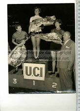 Prensa original de foto: 1958 Paris UCI Worlds Cycling Championship Russian kotcheka